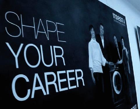 indesit-company-international-graduates-education-02